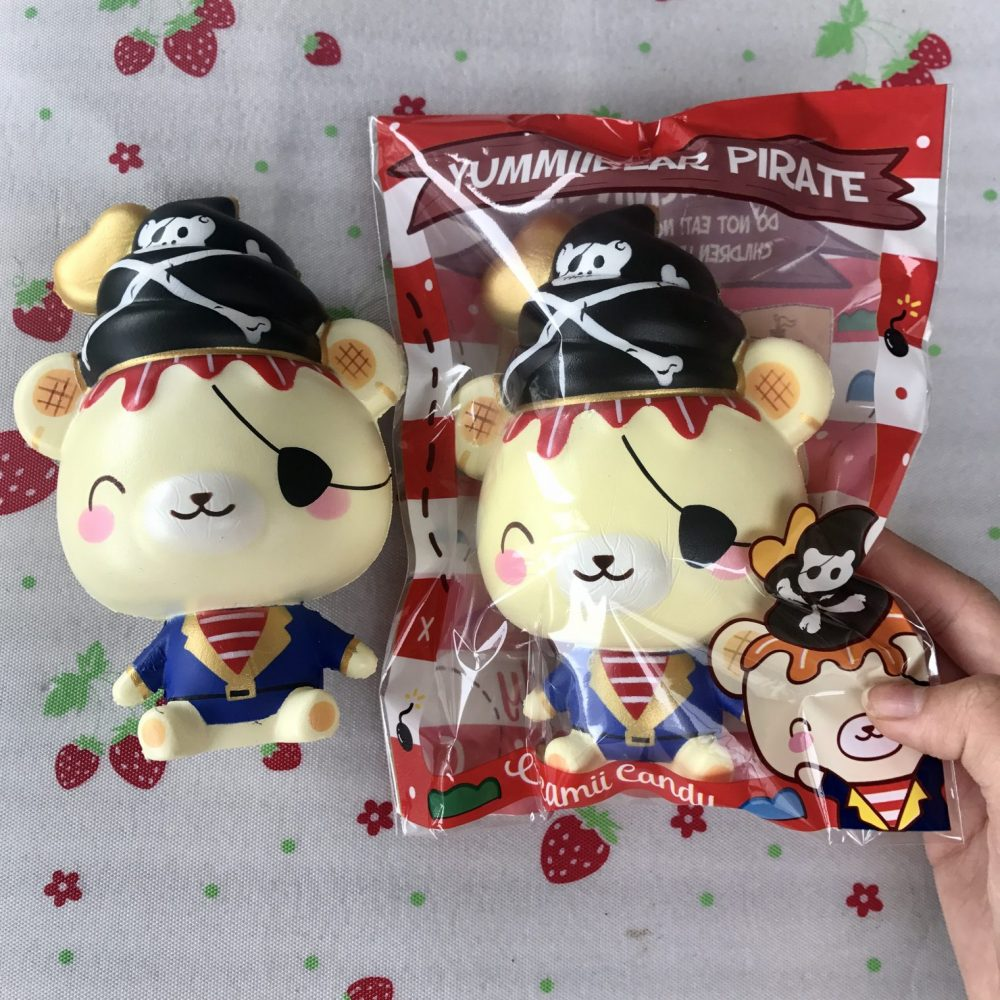 Pirate Yummiibear squishy.